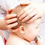Baby in Behandlung